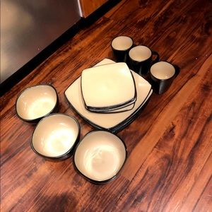 Plate set and glass cup set